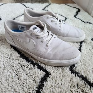Mens Nike sb portmore grey / white shoe